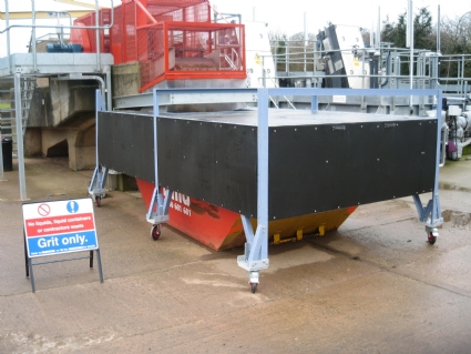 Odour control wheeled skip covers